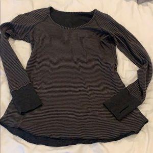 Long sleeve reversible lululemon top